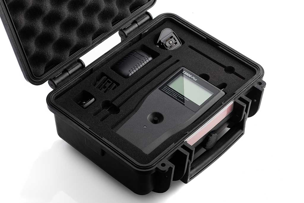 Profesionalni detektor špijunske opreme ST3000 Plus-5