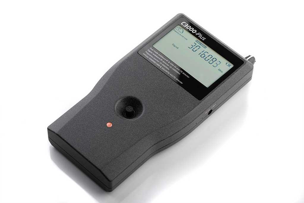 Profesionalni detektor špijunske opreme ST3000 Plus-3
